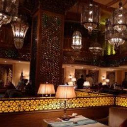 背景音乐让主题酒吧的魅力尽情释放